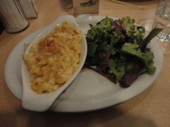 Mac + cheese at  The Lakeview Restaurant Cheddar, Havarti + Parmesan  with Panko Crumb Crust. Served with Organic  Greens  https://sillyrabbit99.wordpress.com/2013/06/22/snap-21/